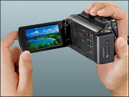 Камера HDR-XR150E от Sony. Фото: modeladmin.shop.by