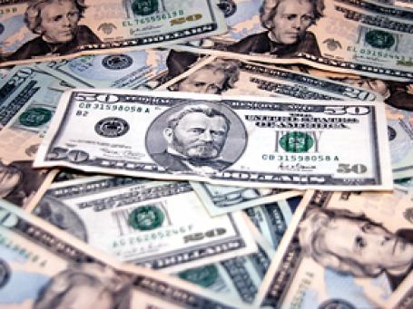 Слабый доллар рушит финансовую политику стран-экспортеров сырья. Фото: sxc.hu