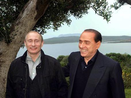 Премьер-министр Италии Сильвио Берлускони предлагает российским инвесторам долю в Mediaset. Фото: АР
