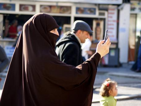 Многие в Турции не подозревают, насколько их повседневная жизнь — от мобильных телефонов до телевизоров и компьютеров — зависит от израильских технологий. Фото: Ashour talk/flickr.com