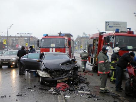 ДТП на Ленинском проспекте унесло жизни двух женщин. Фото: РИА Новости