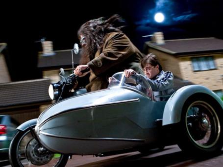 Кадр из фильма «Гарри Поттер и Дары смерти: часть I»