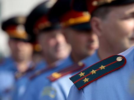 Милиционеры вышли на последний парад. Фото: РИА Новости