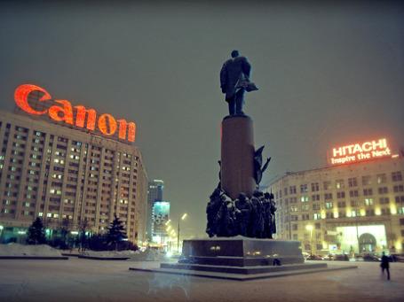 В ночь на 10 декабря в центре Москвы снимут незаконную рекламу. Фото: Boris SV/flickr.com