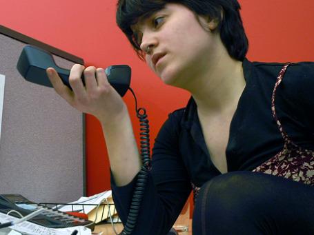 Звонки по стационарному телефону догонят по стоимости разговоры по мобильнику. Фото: Anomalily/flickr.com