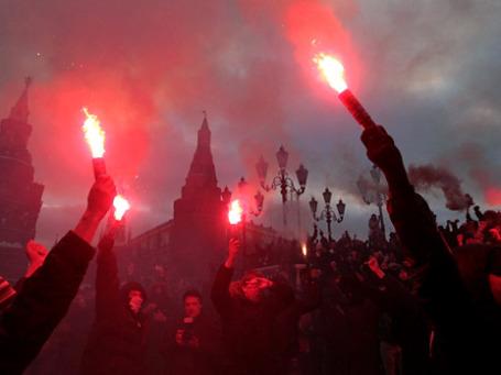 «Третья сила», которой власть пугала общество: массовые беспорядки на Манежной 11 декабря. Фото: РИА Новости