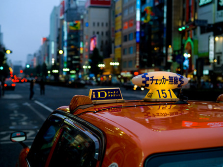 Точки доступа WiFi в Японии есть на железнодорожных вокзалах, на стоянках для отдыха вдоль автомагистралей, в ресторанах. Теперь они появятся и в такси. Фото: Sushicam/flickr.com