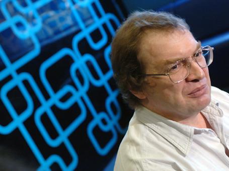 Технологии развиваются, принцип остается тем же: Сергей Мавроди создает новую пирамиду, на этот раз с использованием Интернета и WebMoney. Фото: РИА Новости