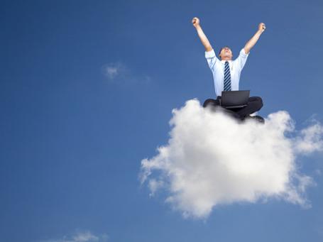 Облачные вычисления, «облака», cloud computing. Модная тема оказания IT-услуг из удаленного консолидированного дата-центра через Интернет станет одним из технологических хитов ближайших 10 лет. Фото: PhotoXPress