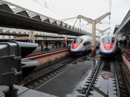 Глава РЖД Владимир Якунин рассчитывает, что длина скоростных железнодорожных магистралей может достичь 2 тысяч км уже через 5 лет. Фото: РИА Новости