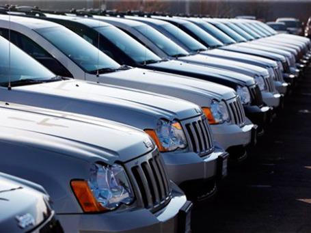 В Минпромторге заверяют, что государственные органы не планируют более повышать пошлины ни на легковые, ни на грузовые автомобили, и в дальнейшем будут их только снижать. Фото: AP