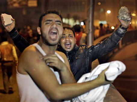 На улицы египетских городов вышла молодежь. Фото: AP
