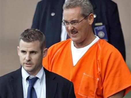 Аллен Стэнфорд не может предстать перед судом из-за своего неадекватоного поведения. Фото: AP