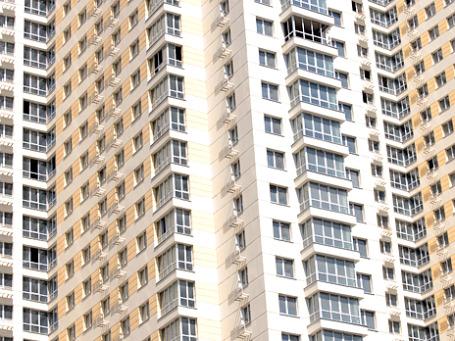 Чаще всего нарушители закона при организации ТСЖ подделывают протоколы собраний жильцов. Фото: Митя Алешковский/BFM.ru