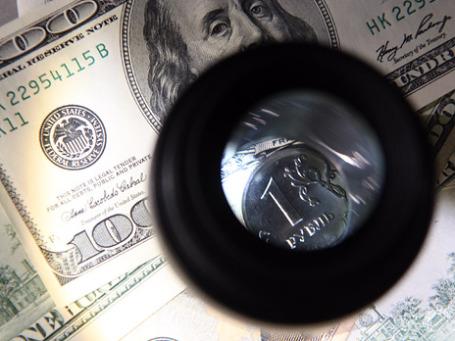 За год средний процент по рублевым депозитам оказался ниже официального уровня инфляции в 8,8% за год. Фото: Сергей Шахиджанян/BFM.ru