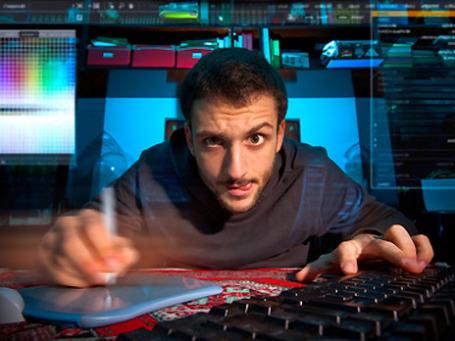 Небольшая группа профессиональных хакеров может нанести противнику больший  ущерб, чем авиация и танки. Фото: PhotoXPress