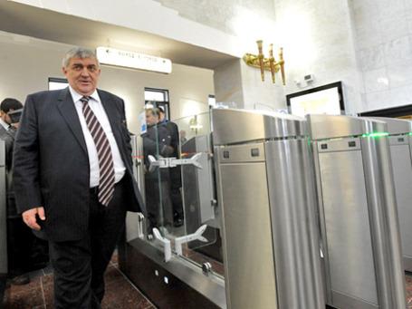 Дмитрий Гаев, бывший глава Московского метрополитена, он же — член совета директоров компании, у которой закупались билеты для входа в метро.  Фото: РИА Новости