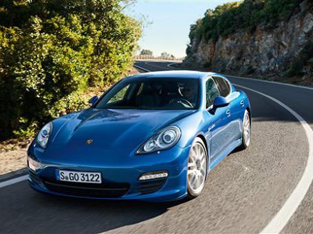 Porsche Panamera S Hybrid. Фото: AP