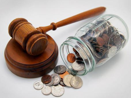 Ежемесячный доход адвоката, работающего по назначению, не превышает 6 тысяч рублей. Фото: PhotoXPress