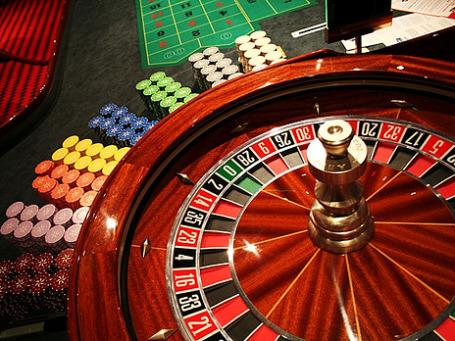 Подпольные казино в России обнаруживают регулярно. Фото: clry2/flickr.com