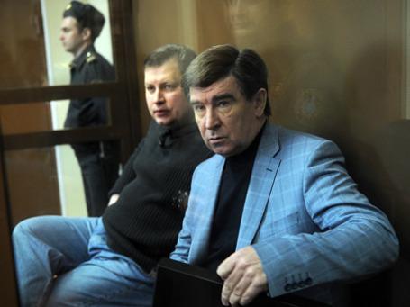 Бывший префект Южного округа Москвы Юрий Буланов подписывал платежные поручения по сотне штук на день. Фото: ИТАР-ТАСС