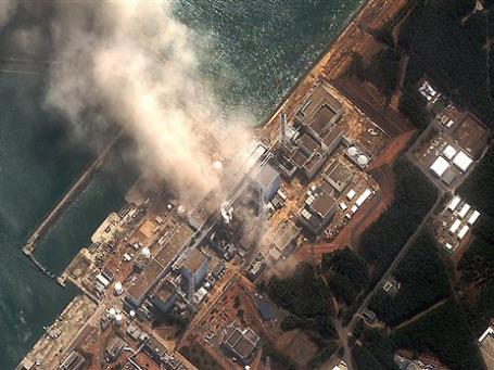 Вид со спутника на Фукусиму. Фото: AP