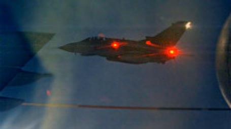 Британская авиация участвует в ночном налете на Ливию. Фото: AP