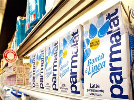 Последней каплей для итальянского правительства стало то, что французская группа Lactalis, известная потребителям по сырам Président, довела свою долю в итальянской молочной компании Parmalat до 29%. Фото: AP