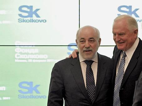 Пока «Сколково» ассоциируется с известными людьми, в том числе с президентом одноименного фонда Виктором Вексельбергом. Фото: РИА Новости