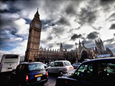 Даже если интенсивность дорожного движения в Лондоне в период Олимпиады снизится на 30%, этого недостаточно, чтобы состояние атмосферы соответствовало нормативам. Фото: Berts @idar/flickr.com