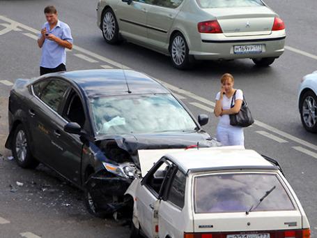 До лета ФСФР будет некогда контролировать новых подопечных — страховщиков. Фото: РИА Новости