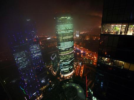 Освещение является едва ли не одной из важнейших проблем города — архитектурная подсветка потребует десятков миллиардов рублей. Фото: РИА Новости