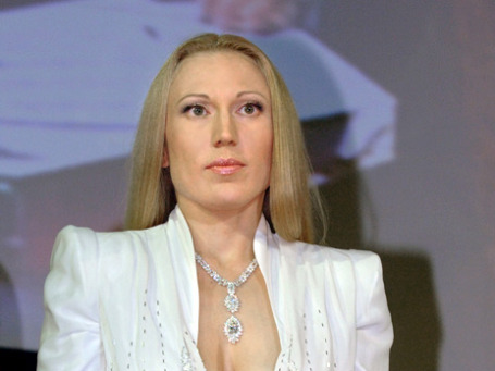 Вице-президент наблюдательного совета ювелирного холдинга «Алтын» Антонина Бабосюк обвиняется в контрабанде на сумму около 40 млн рублей. Фото: ИТАР-ТАСС