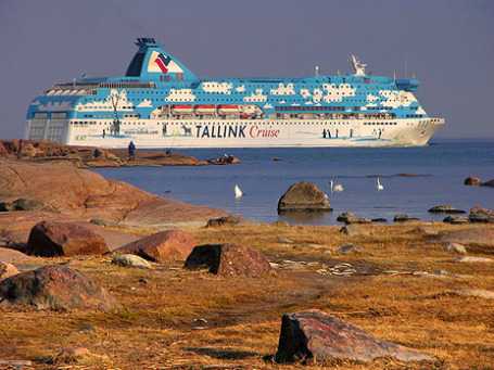 Паромный маршрут Таллин-Хельсинки очень популярен: летом столицы связывает до 40 рейсов в сутки. Фото: taivasalla/flickr.com
