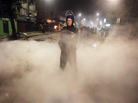 Беспорядки на севере Лондона, столицы Олимпиады-2012, поразили своей внезапностью и масштабами. Фото: AP