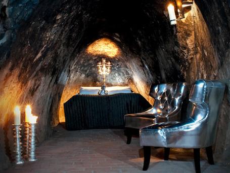 Аппартаменты шведского отеля Sala Silvergruva расположены под землей на глубине более чем 50 этажей в 600-летнем серебряном руднике. Фото: salasilvergruva.se