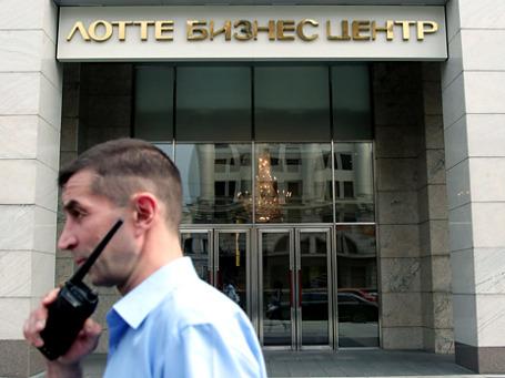 Работа судебных приставов в московском офисе BP. Фото: ИТАР-ТАСС