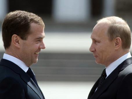 Путин вряд ли улыбнется там, где улыбался Медведев, хотя курс внешней политики вряд ли сильно изменится. Фото: РИА Новости