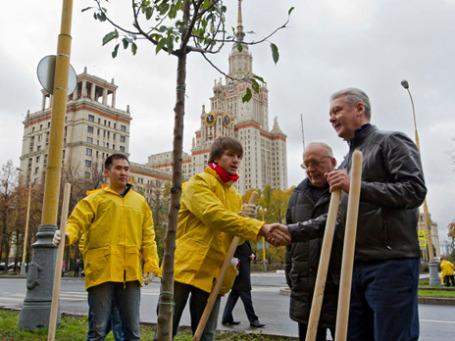 Сергей Собянин «застегнут» на все пуговицы.  Фото: РИА Новости