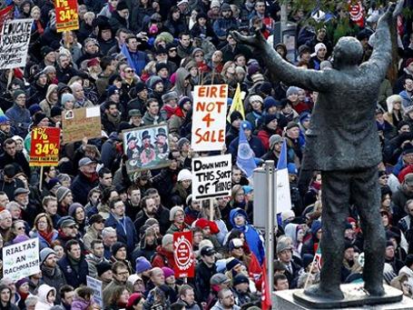 Демонстрации против режима экономии проходили и в Ирландии, но их было намного меньше, чем в Греции. Фото: AP