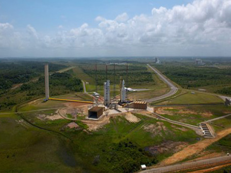 Предполагается, что с космодрома Куру в Южной Америке каждый год будут осуществлять несколько стартов ракет «Союз». Фото: AP