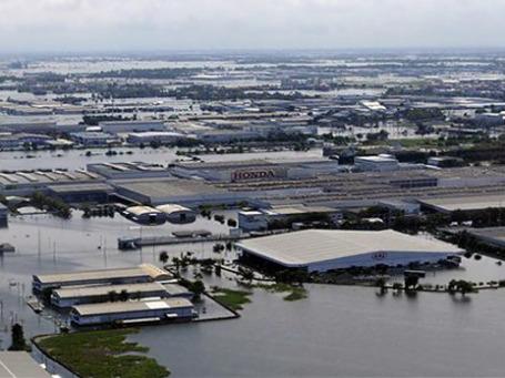 Завод компании Honda в Таиланде после наводнения. Фото: AP
