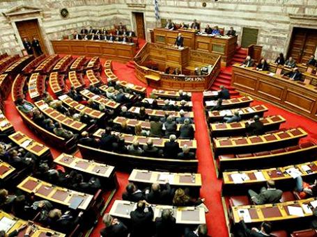 Досрочные парламентские выборы в Греции состоятся 19 февраля 2012 года. Фото: AP