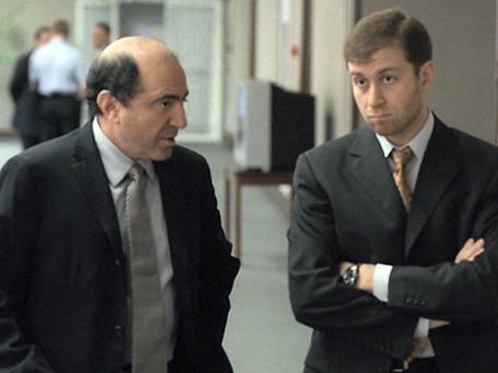 Борис Березовский и Роман Абрамович в стенах Госдумы в 2000 году. Фото: ИТАР-ТАСС