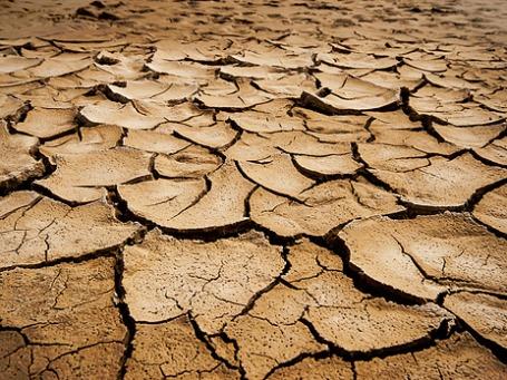 Сотни миллионов человек уже сейчас испытывают проблемы с доступом к чистой питьевой воде. Фото: timsnell/flickr.com