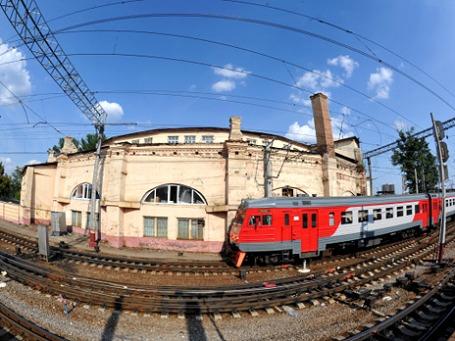 Круговое паровозное депо входит в ансамбль зданий Ленинградского вокзала и относится к выявленным объектам культурного наследия. Фото: РИА Новости