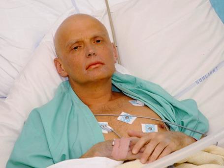 Александр Литвиненко, резко критиковавший политику Кремля, умер в лондонской больнице 23 ноября 2006 года. Фото: ИТАР-ТАСС