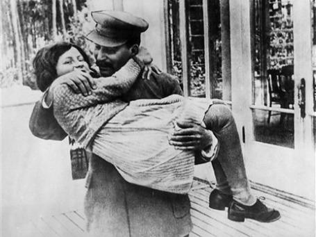 Сталин называл Светлану «воробышком». Фото: AP