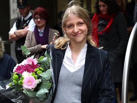 Екатерина Затуливетер доказала англичанам, что состоять в интимной связи с депутатом — это еще не преступление.  Фото: AP