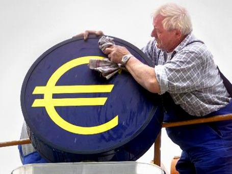 Проводы евро. Европейские предприниматели готовятся к возвращению национальных валют. Фото: AP